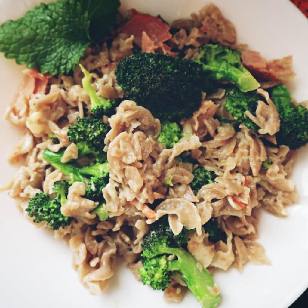 Bezlepkové těstoviny s brokolicí