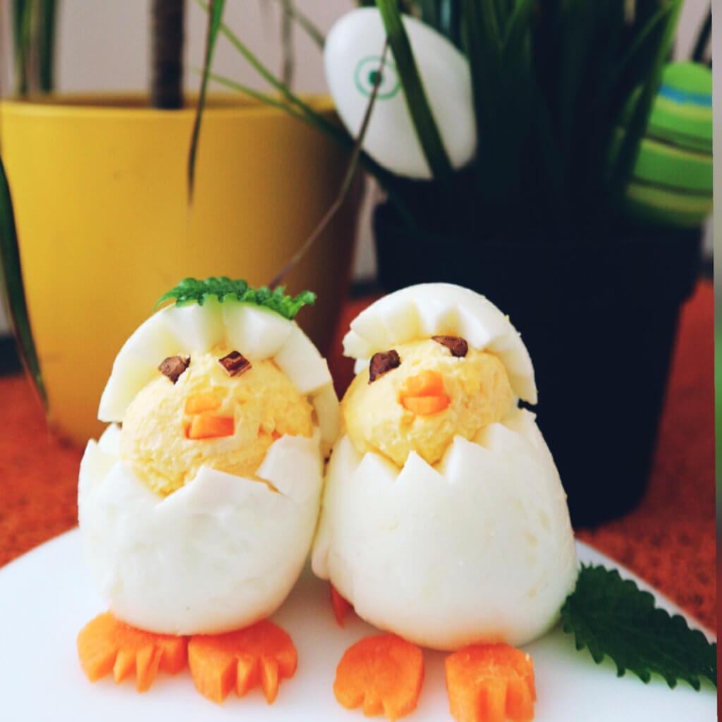 Velikonoce kuřátka z vajíček